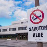 【撮影旅行】青空と近代的な建物の組み合わせは最強! – ロヴァニエミ市庁舎@フィンランド